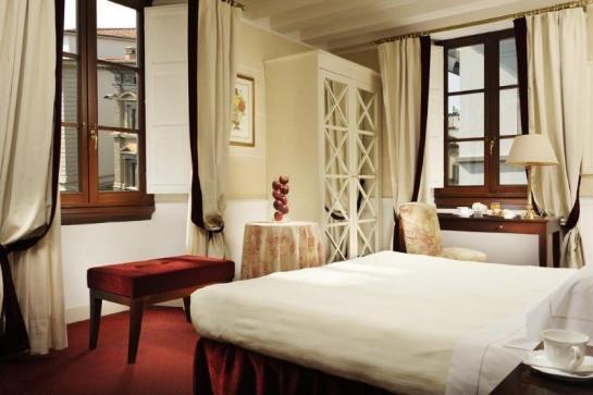 Hotel Calzaiuoli Florence