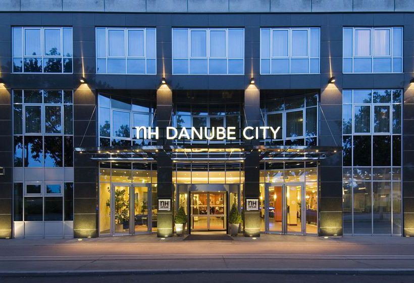 Hotel NH Danube City Viena