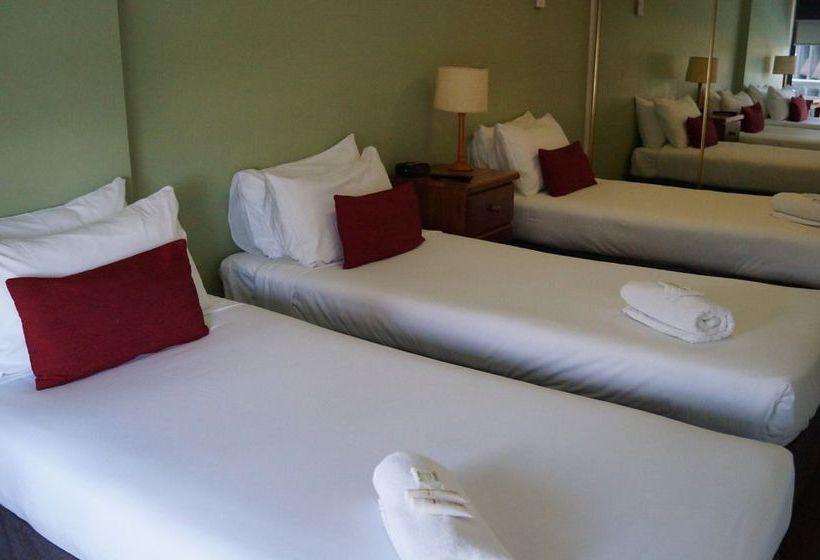 Hotel Y Hyde Park Sydney