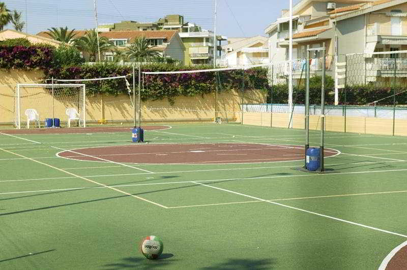 Hotel Holiday Club Naxos Giardini Naxos