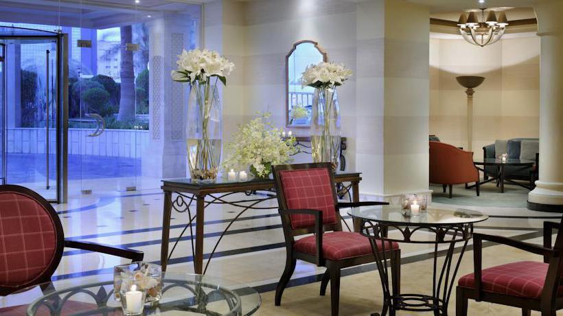 共同スペース ホテル Movenpick Doha ドーハ
