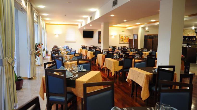 レストラン Hotel AJ Chaves