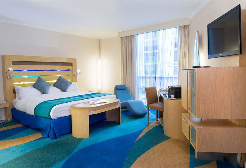 ホテル Radisson Blu London Stansted Airport
