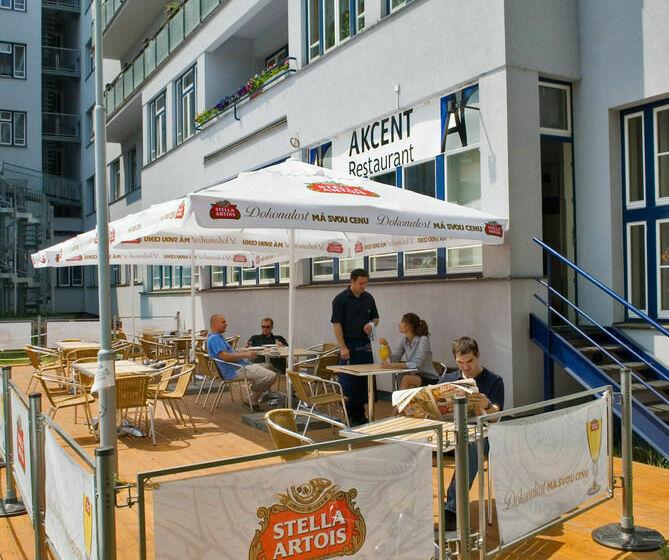 Hotel Akcent Praga