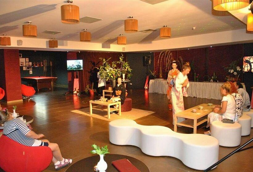 Hotel Golden Tulip Mamaia Constanza