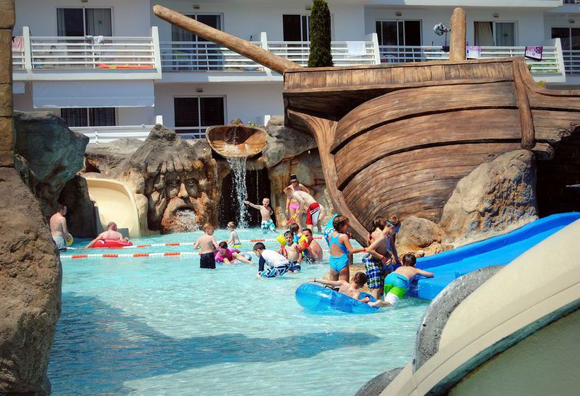 Swimming pool Apartamentos Pirates Village Santa Ponca
