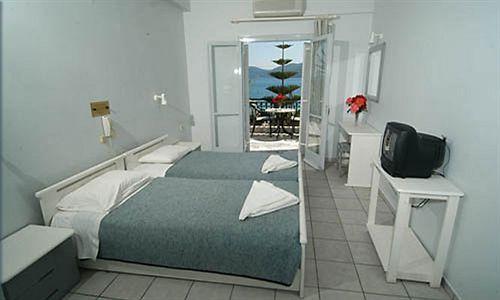 فندق Athina Sámi