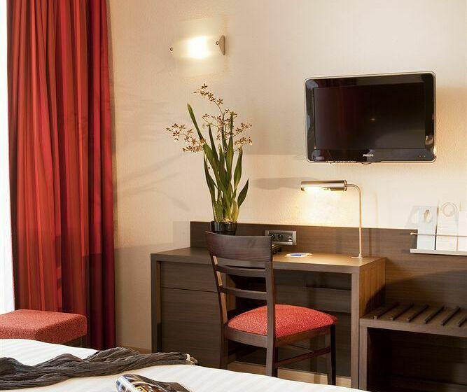 호텔 Escale Oceania Brest 브레스트