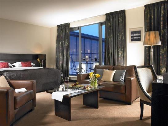 هتل Carlton Dublin Airport Cloghran