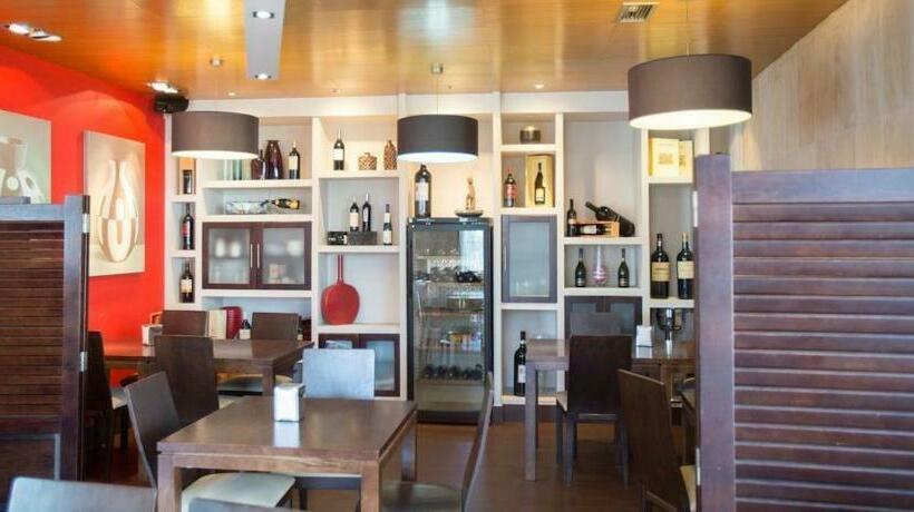 مطعم فندق Dabarca بونتبيدرا