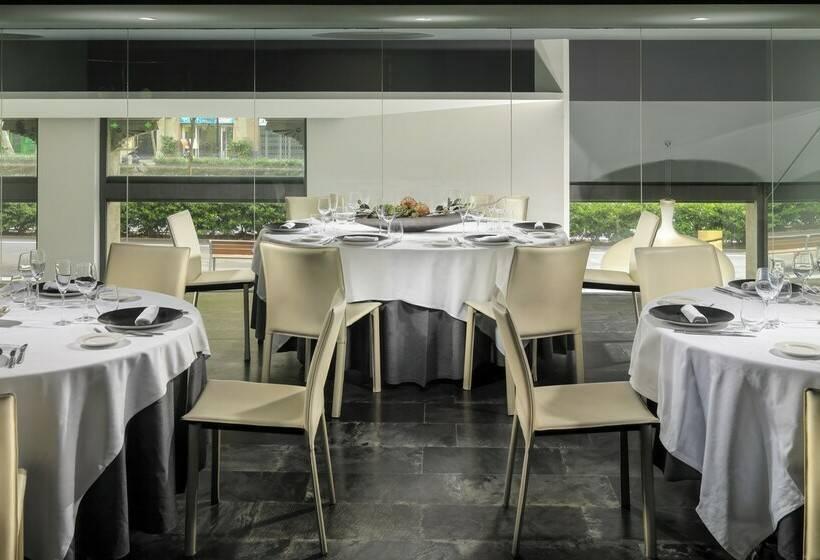 رستوران هتل H10 Casanova بارسلون