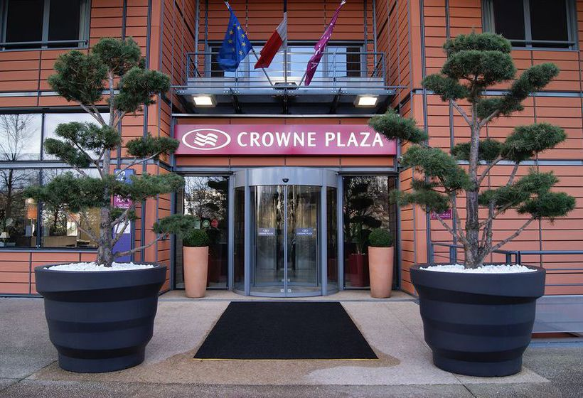 ホテル Crowne Plaza Lyon Cité Internationale リヨン