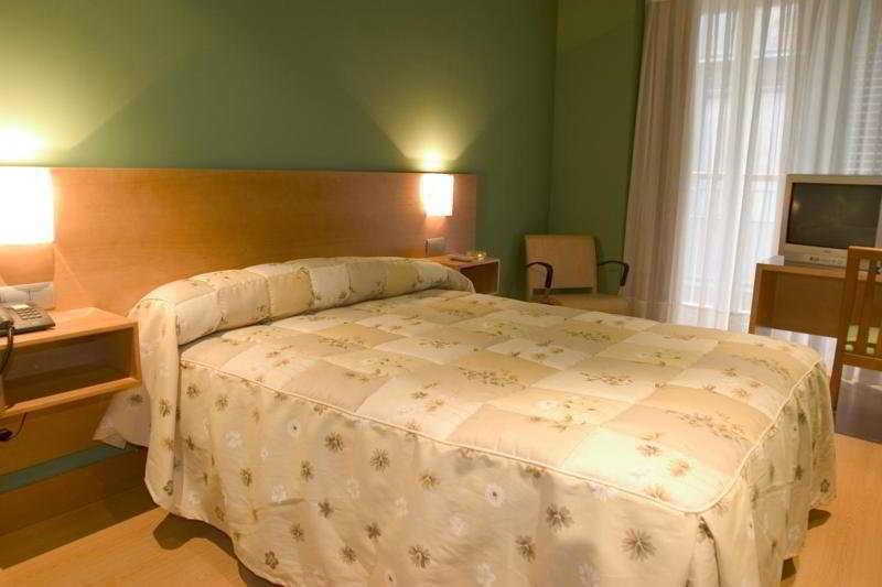 호텔 Bilbao Jardines 빌바오