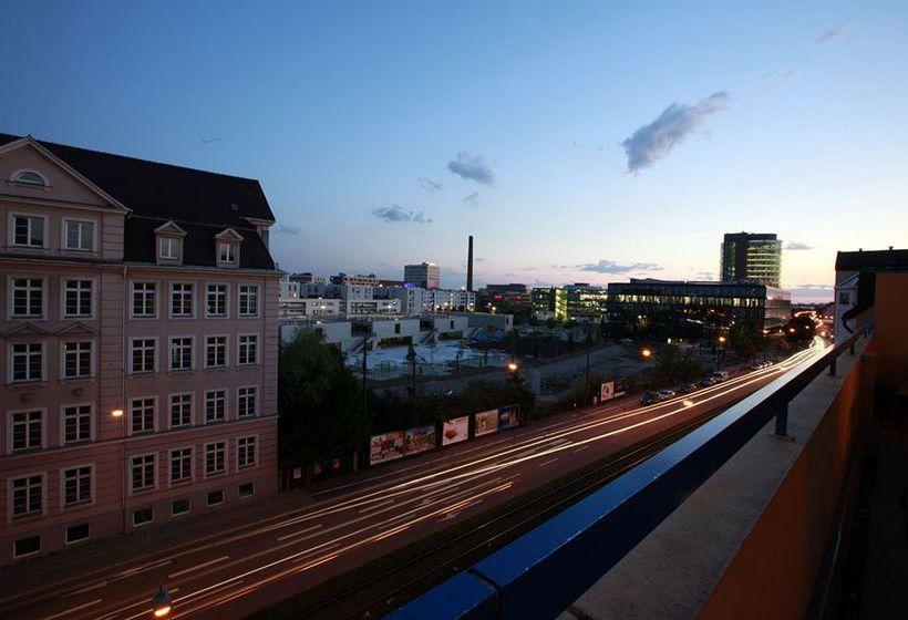 Hotel A&O München Hackerbrücke