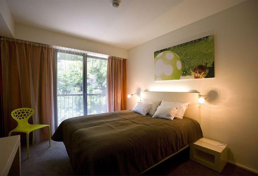 Lanchid 19 design hotel in budapest starting at 32 for Design hotel budapest