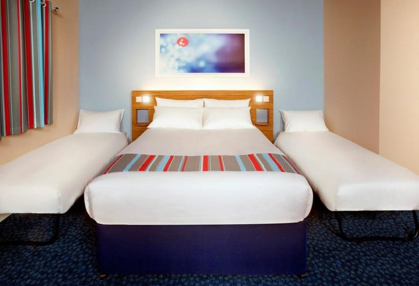 اتاق هتل Travelodge London Central Southwark لندن