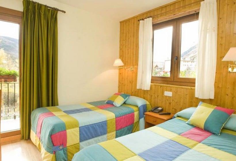 Room Hotel Llibrada Benasque