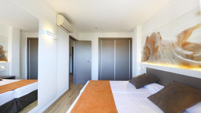 Room Apartamentos Jade S'Arenal