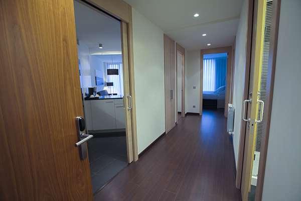Zenit Aparthotel Jardines de Uleta Suites Vitoria