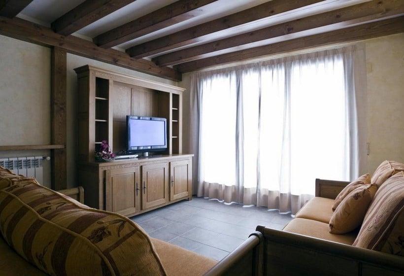 방 Apartamentos Els Llacs Bordes d'Envalira