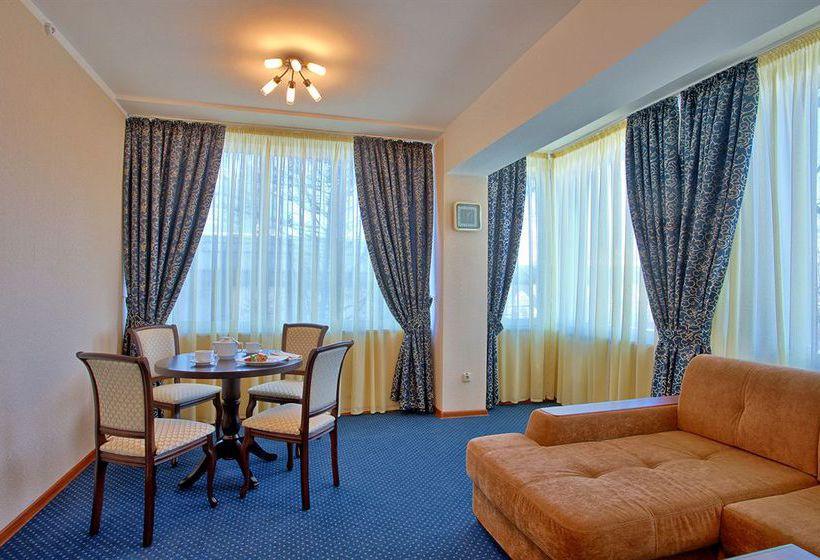 Hotel Aeropolis Mosca