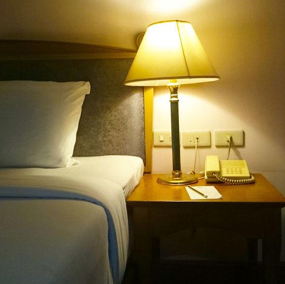 Hôtel Grand Inn Come Suvarnabhumi Airport Samut Prakan
