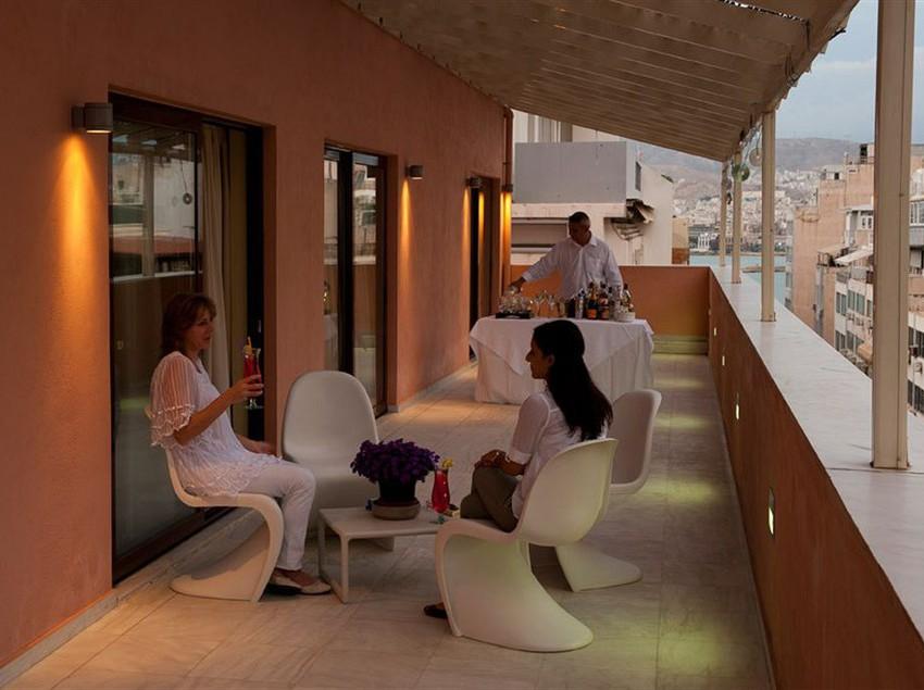 Terrasse Best Western Efplias Hotel Piräus