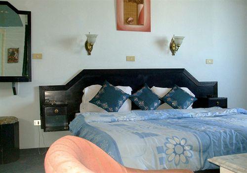 Hotel El Bahy Tunis Túnez