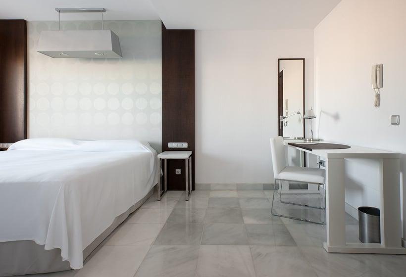 ホテル Mercure Algeciras アルヘシラス
