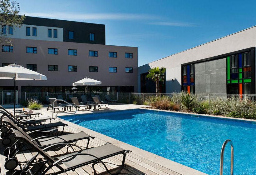 hotel golden tulip marseille airport in vitrolles starting at 31 destinia. Black Bedroom Furniture Sets. Home Design Ideas