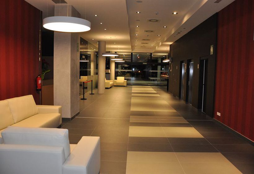 Brea's Hotel ريوس