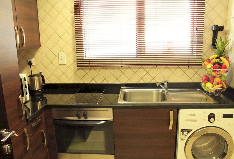 Marmara Hotel Apartments دبی