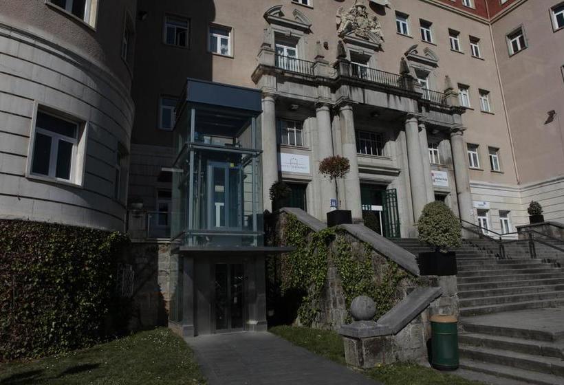 فندق Seminario Bilbao ديرايو
