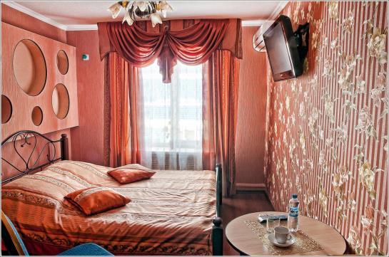 호텔 Gostiniy Dom Bryansk 브랸스크