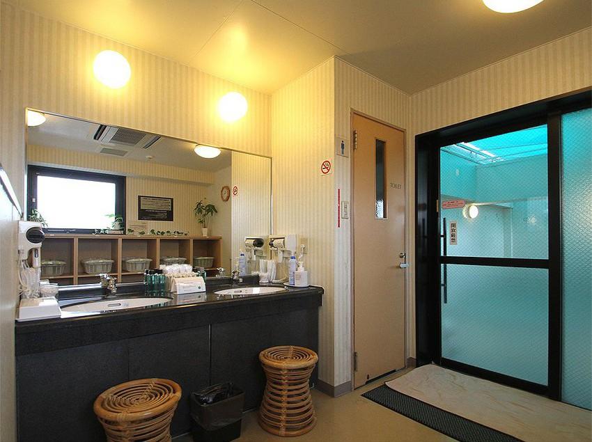 호텔 Route-inn Naha Izumizaki 오키나와 섬