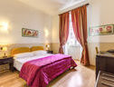 Everest Inn Rome