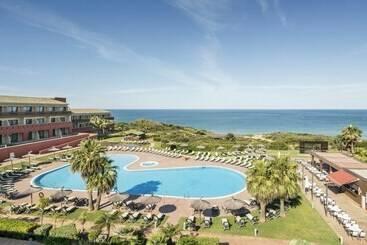 Buitenkant Hotel Ilunion Calas de Conil Conil de la Frontera
