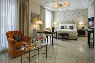 Palazzo Parigi Hotel & Grand Spa - Milán