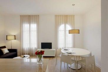 Barcelona Apartment Viladomat - Barcelona