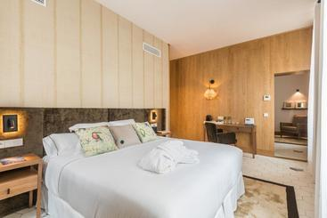 Boutique Hotel Sant Roc & Spa - מאהון