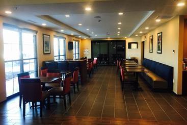 Comfort Inn & Suites - Niagara Falls