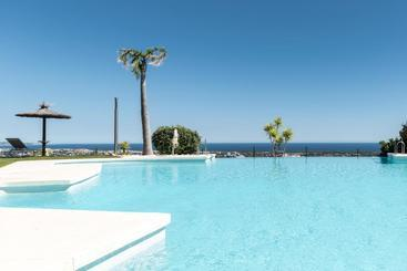 Quartiers Marbella  Apartment Hotel & Resort - Estepona