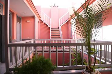 Apartamentos San Sebastián - San Sebastian de la Gomera