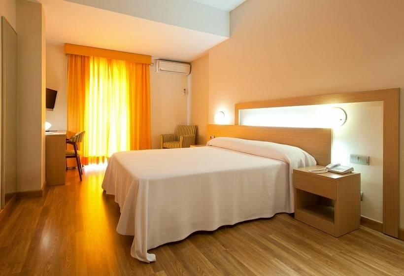 Camera Hotel Benidorm Plaza