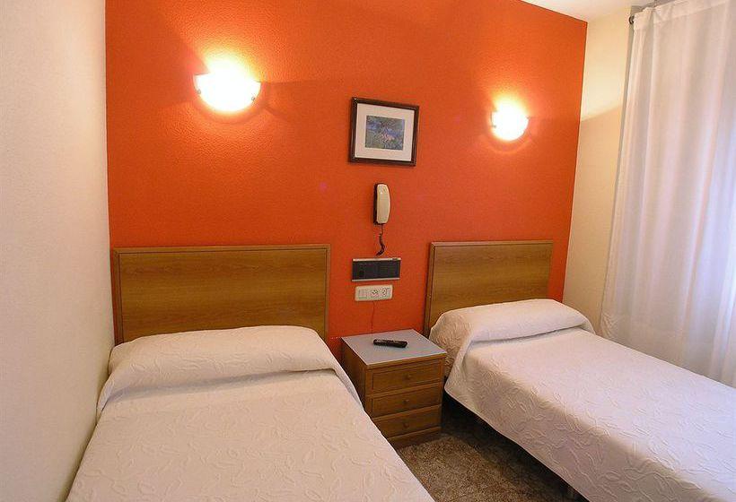 Camera Hotel Gorbea Vitoria