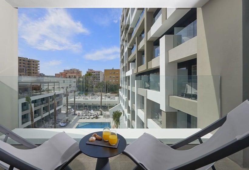 تراس فندق Innside Palma Bosque بالما دي مايوركا