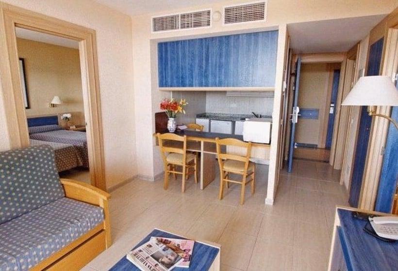 Apartamentos vistasol in magalluf starting at 13 destinia - Apartamentos magaluf ...