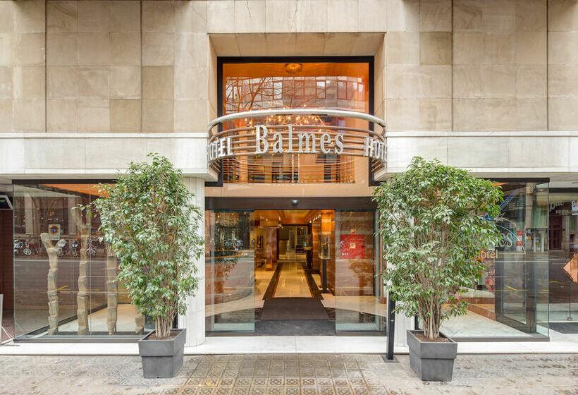 Outside Hotel Balmes Barcelona