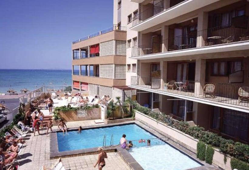 حمام سباحة فندق Encant سارينال