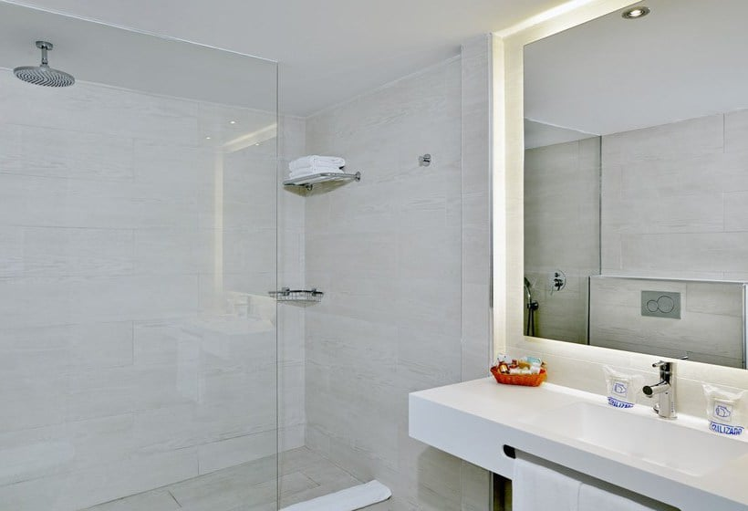 Bathroom Hotel Hispania Platja de Palma